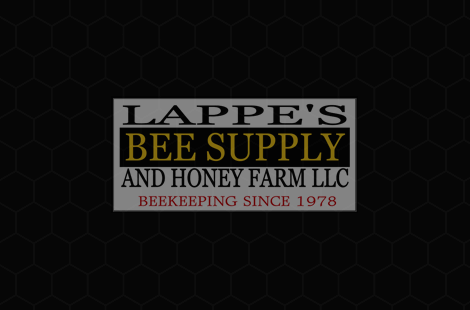 Preview Image for video - 2020 Iowa Italian Carniolan Saskatraz Packaged Honey Bees Nucs Free Shipping Queen Bees For Sale